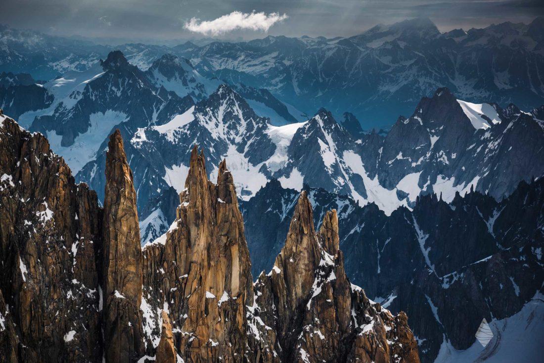 Photo des Aiguilles du Diable dans le massif du Mont-Blanc