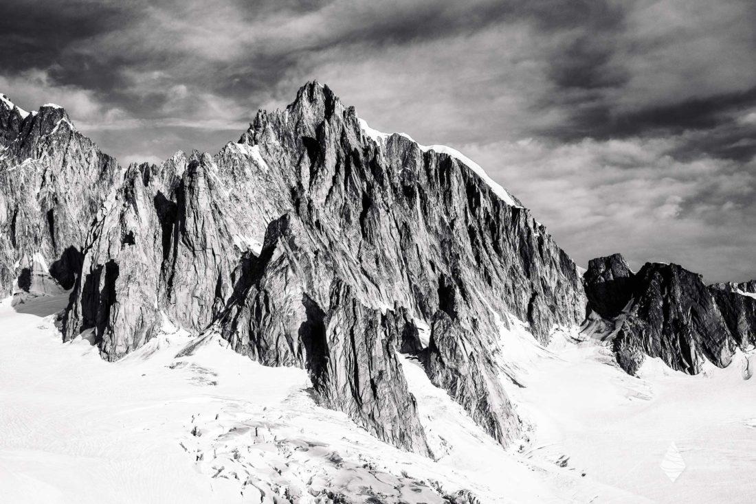 Photos en noir et blanc du Mont-Blanc du Tacul et de ses contreforts
