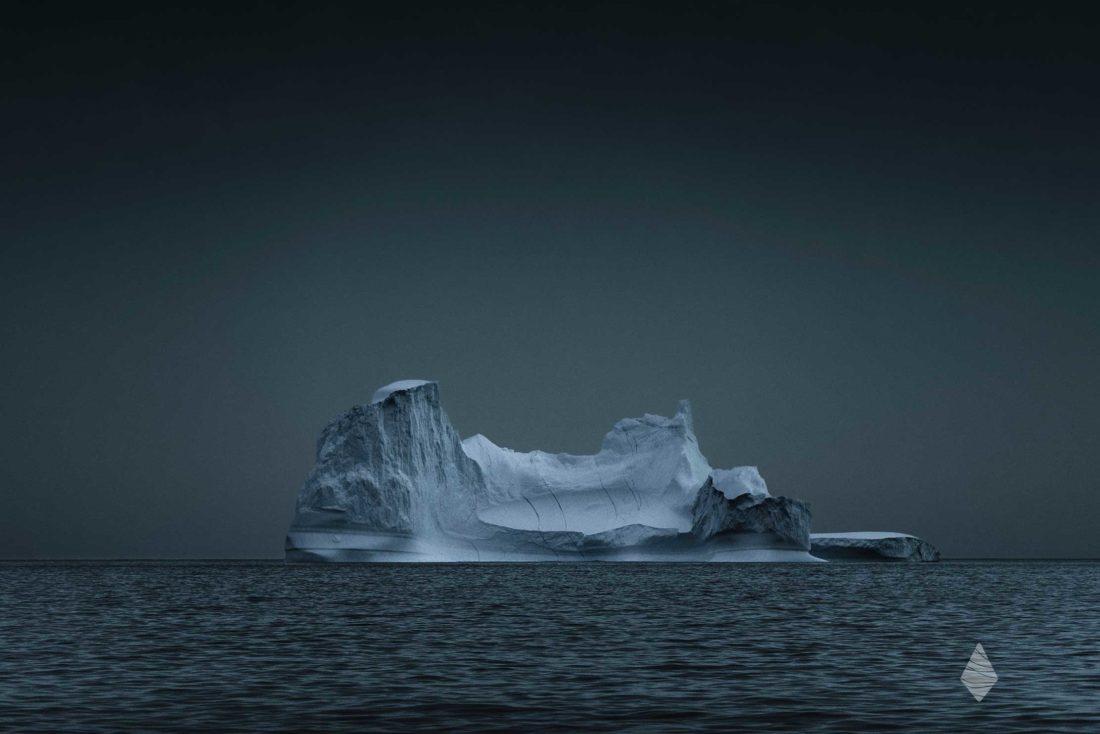Photo d'un Iceberg en Océan Arctique