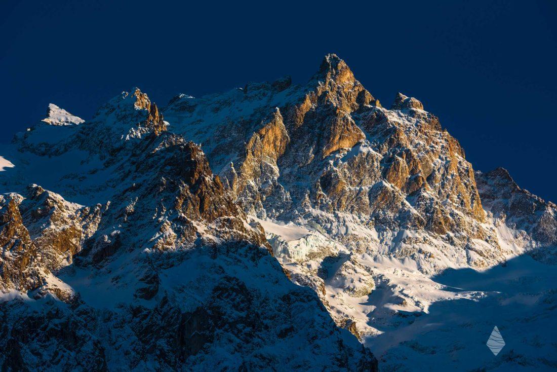 Photo de la Meije au coucher de Soleil dans le Massif des Ecrins