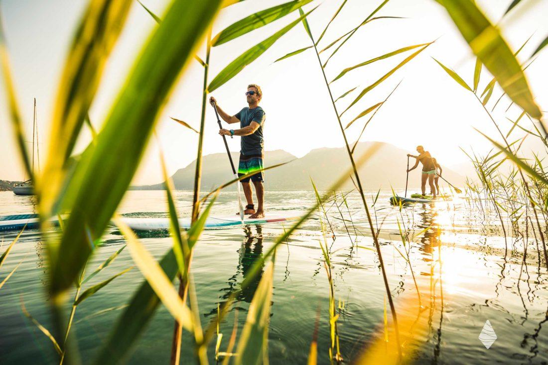 Photos de Stand Up Paddle au Lac d'Annecy avec la lumière du matin.